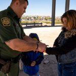 移民持續湧入美墨邊境 川普本周開始用這新招應對