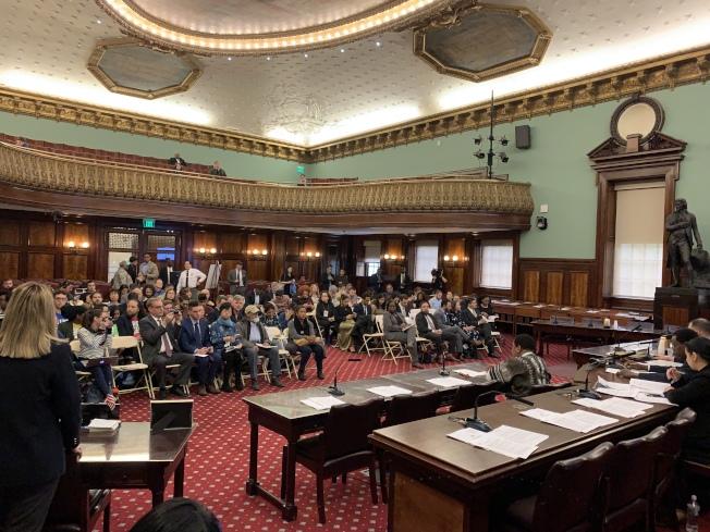 市議會教育委員會、公民和人權委員會1日召開公聽會,討論與紐約市公校多元化相關的六項提案和三項決議案。(記者和釗宇/攝影)
