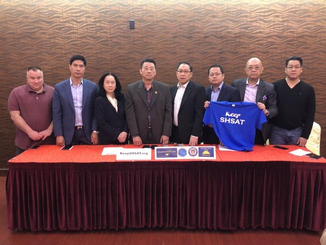 華裔社區組織呼籲關心特殊高中議題的民眾出席下周的活動。(記者顏潔恩/攝影)