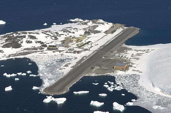 英國羅瑟拉研究站坐落南極洲,四周環繞冰洋。(美聯社)