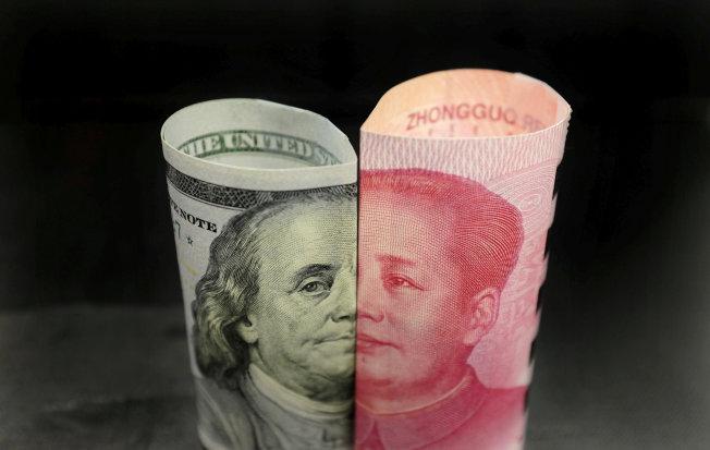 川普總統5日連發兩推文,指美中經貿談判進度「太慢」,決定10日起將中國進口貨物的關稅提高到25%,重燃美中經貿戰火。(路透)