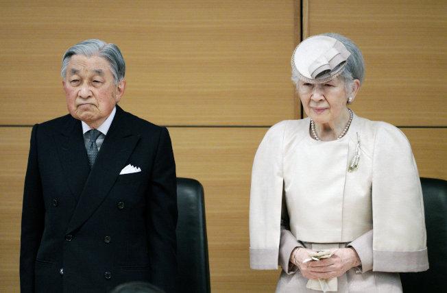 王室太親民 君主魔力消失?