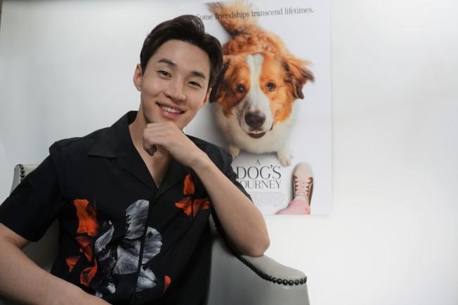加拿大華裔歌手兼演員劉憲華出席「狗狗的旅程 」北美宣傳。(記者馬雲/攝影)