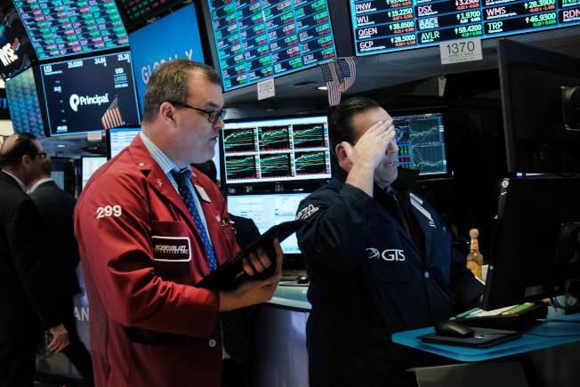 受美中貿易戰情勢升高影響,華爾街股市重挫。(Getty Images)