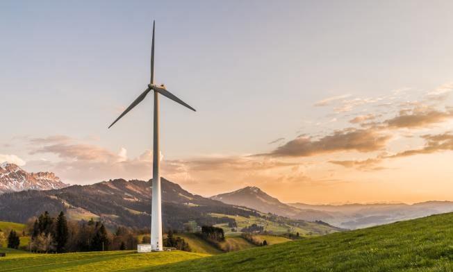 中西部熱門職缺與油電相關,圖為風力發電站。(Pexels)