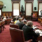 紐約市議會通過保護租客法案包 嚴禁房東騷擾