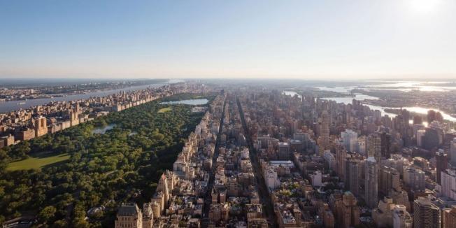 從公園大道432號公寓俯看中央公園,美景盡收眼底。(432parkavenue.com)