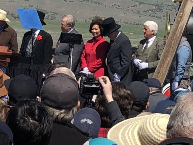 交通部部長趙小蘭(圖中紅衣女士)與會並發言。(伍尚齊提供)