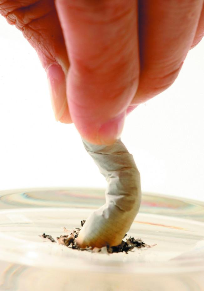 吸菸者、有肺癌家族史者的罹癌風險較高。(本報資料照片)