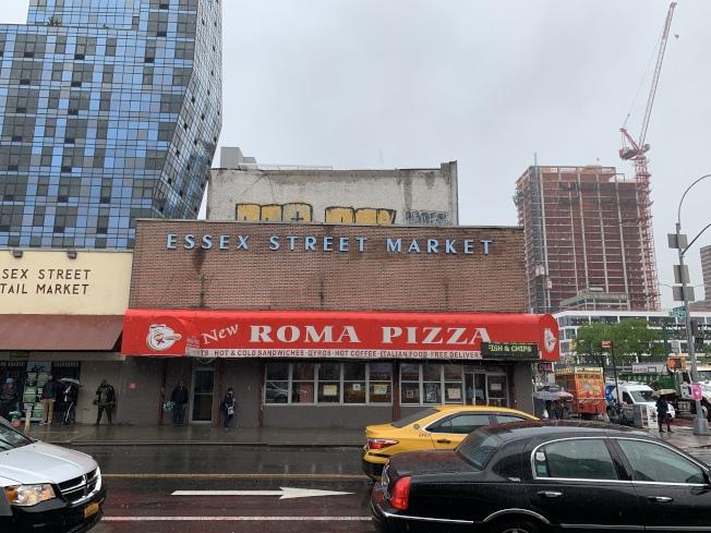位於艾塞克斯街120號的市場舊址已於6日結束營業。(記者和釗宇/攝影)