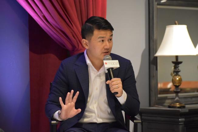 錢信伊在活動上坦言說自己支持楊安澤。(記者顏嘉瑩/攝影)