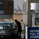 南加油價 可望降至四元以下