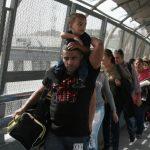 古巴人繞道墨美邊界 申請庇護來美激增