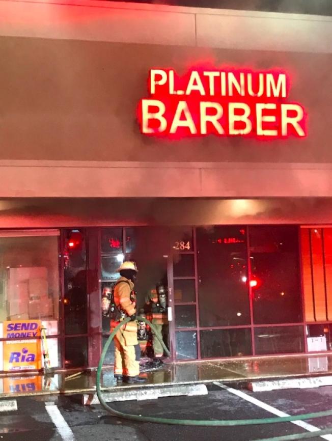 馬州蓋城商圈二級火警,理髮店插線板惹禍,損失30萬元。(蒙郡消防局提供)