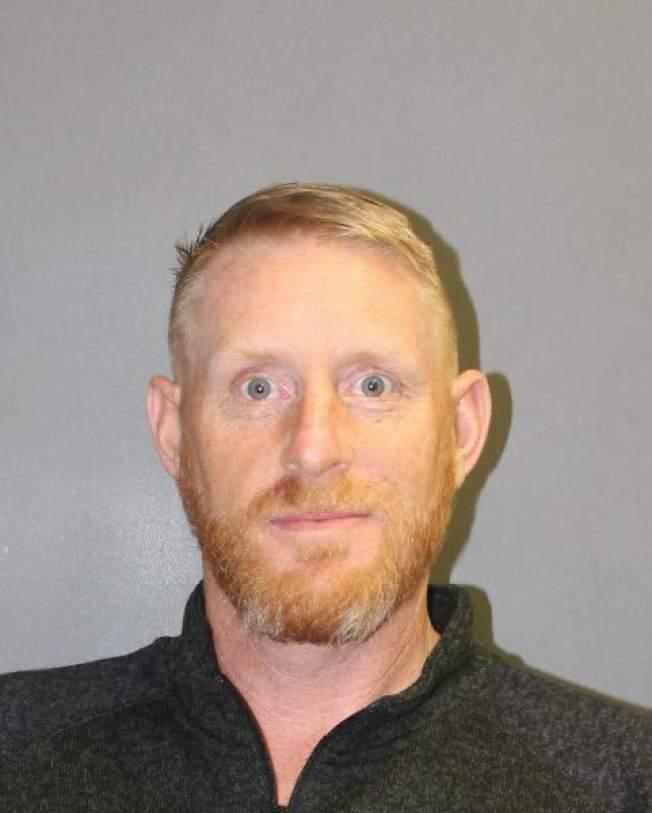45歲的嫌犯Haley向警方投案。(爾灣市警局提供)