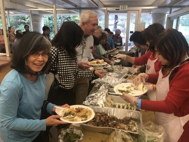 超過500人參加「A Taste of Taiwan」。(記者李榮/攝影)