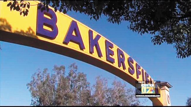 中加州貝克斯菲可能是下一個灣區出走民眾熱門的選擇。(電視新聞截圖)