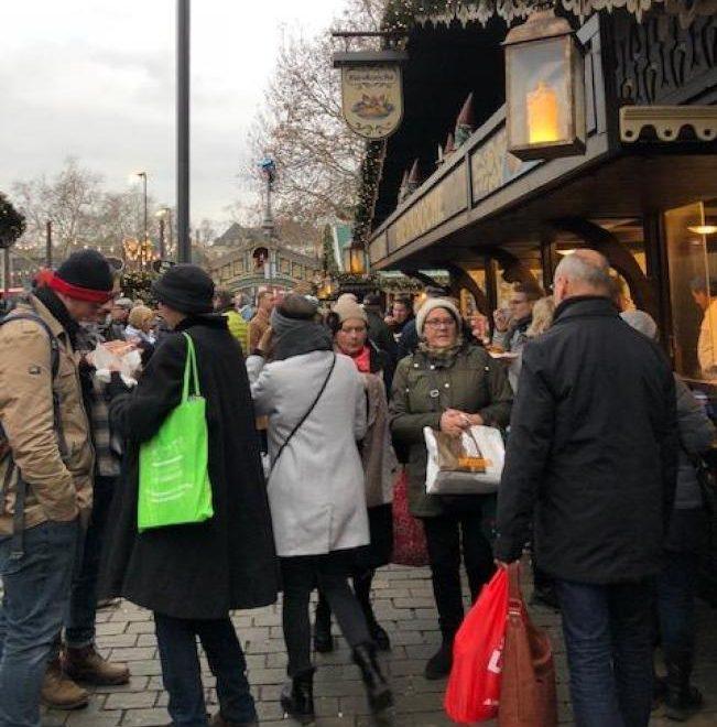科隆耶誕市場一景。