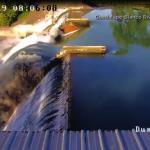 水庫閘門突崩落 上千水壩陷危機