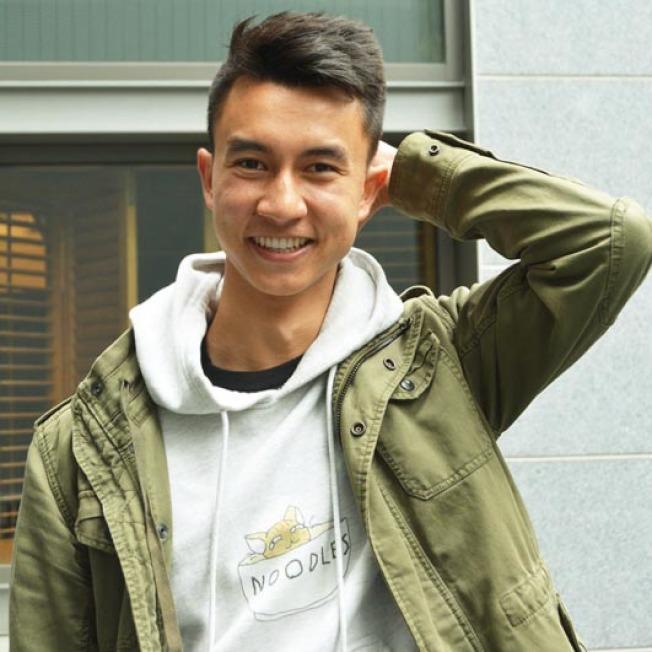 柏克萊加大材料科學和生物工程專業的21歲華裔畢業生陳乃明(Tyler Chen),獲得該校頒發的畢業生最高榮譽大學獎章,將在18日的畢業典禮上演講。(記者劉先進/攝影)