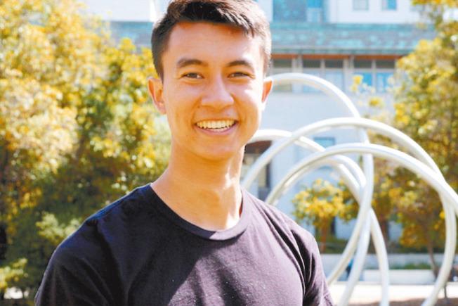 大學奬章獲第一名陳乃明(Tyler Chen)。(取自柏大DailyCal)