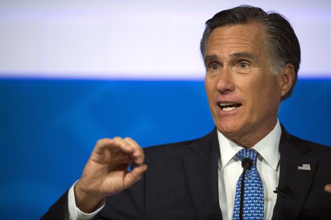 川普總統黨內敵手羅穆尼參議員,目前不贊成彈劾川普。(美聯社)