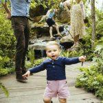 〈超萌圖輯〉 凱特王妃一家出遊 路易小王子學會走路啦!