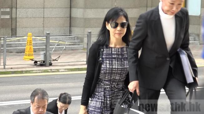 陳婉玉20日到達法院。(取材自香港電台)