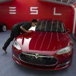 Tesla股價跌破200 蘋果併購添動力