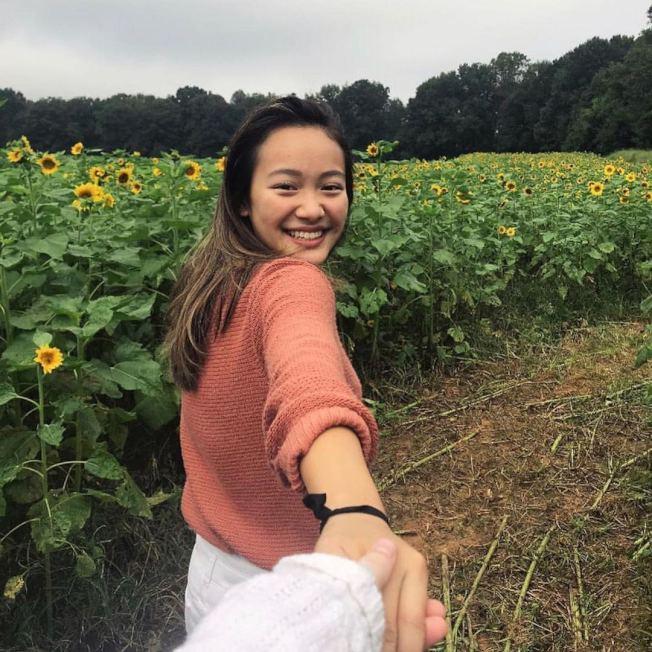 17歲的華裔少女王海倫在生日當天出車禍身亡。(王海倫家人提供)