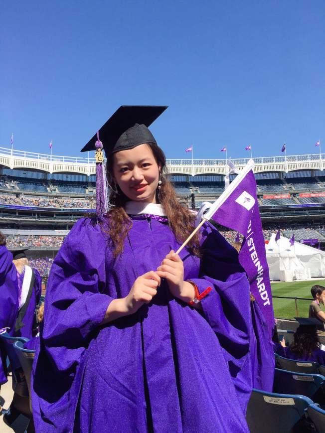 中國留學生王雨晗說,兩年的留學生涯讓她對人生有了更加清晰的看法,尤其是讓自己變得更有包容性,不會隨便評判別人。(王雨晗提供)