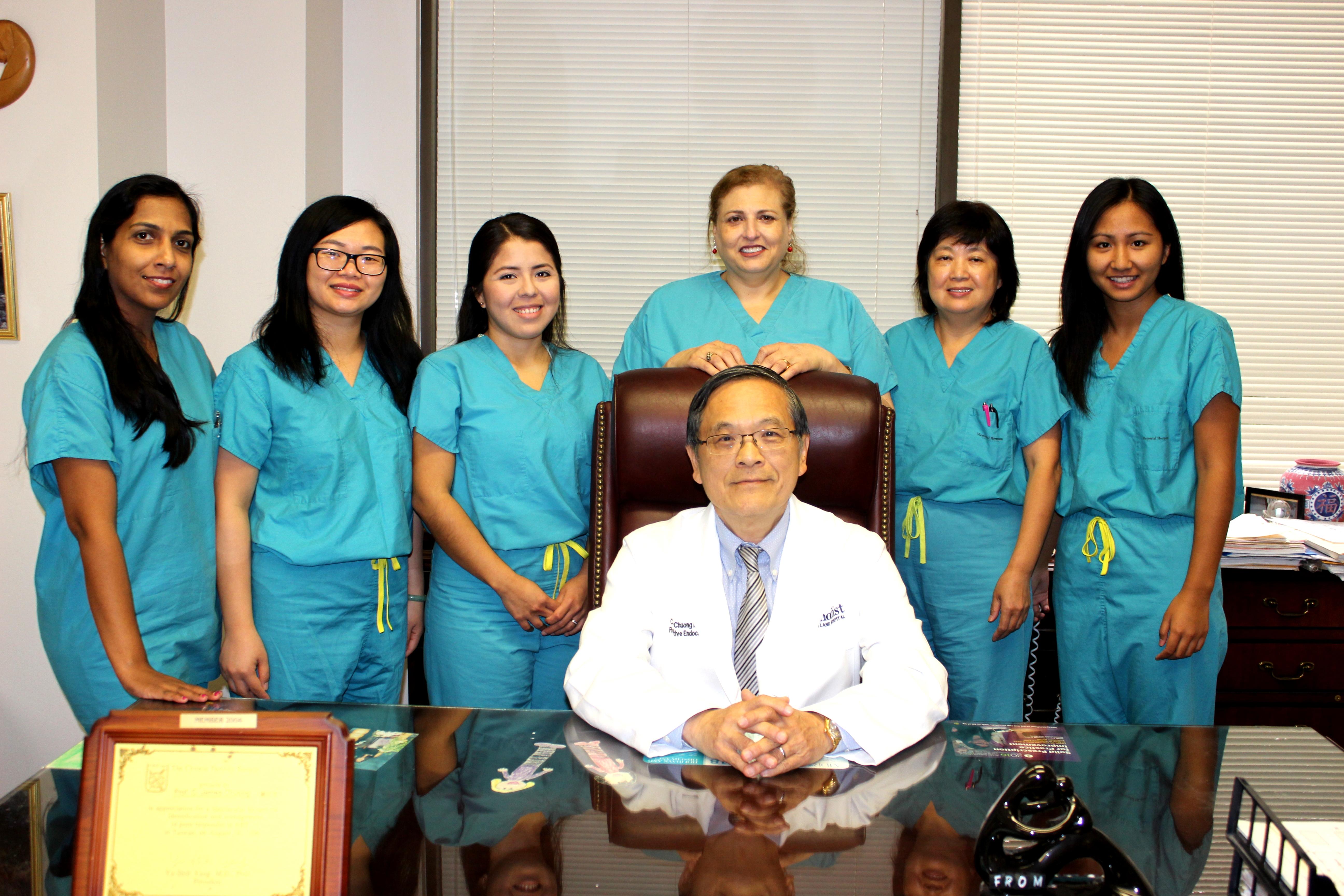 休士頓庫柏生殖醫學中心醫療團隊。