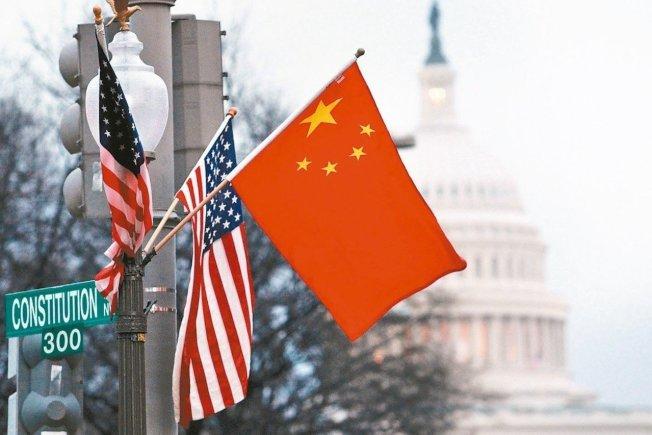中美貿易對峙升高之際,中國中央電視台在8天內播出7部「抗美援朝」舊片,凝聚內部反美力量。 (路透)