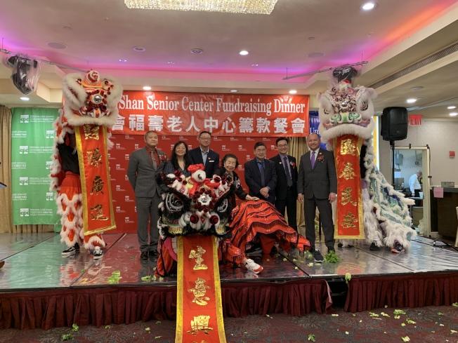 為幫助華裔耆老建設更好的家,福壽老人中心23日舉辦籌款餐會。(記者牟蘭/攝影)