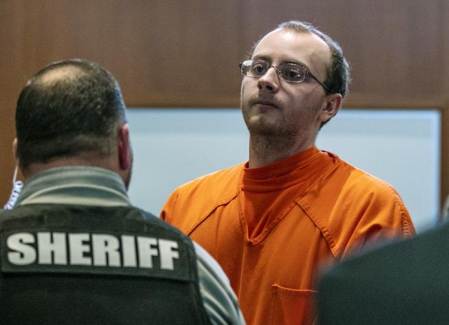 威斯康辛州男子派特森被控殺死一對夫婦和綁架他們的女兒綁走,24日被判終身監禁。(美聯社)