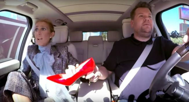 席琳狄翁被迫送出心愛的美鞋。(視頻截圖)