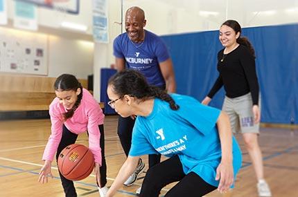 暑假來個體育夏令營讓孩子快樂運動、愛上團隊生活。圖/取自YMCA官網