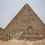 埃及觀光巴士遭爆炸攻擊 17人受傷