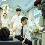 封面故事 | 「孤高的手術刀」瀧澤秀明告別作 飾演台灣換肝神醫