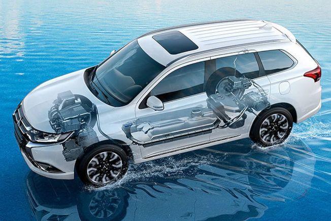 在日本、歐洲以及美國等累積良好聲譽的PHEV插電式複合動力系統,未來不僅會擴大可選車款,也還會有Hybrid複合動力或EV純電動等其他系統可選。(Mitsubishi Motors)