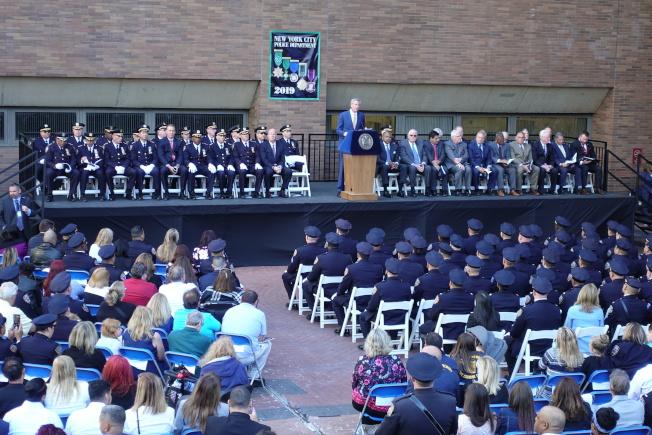市警表彰日活動,88人獲表彰。(記者金春香 /攝影)