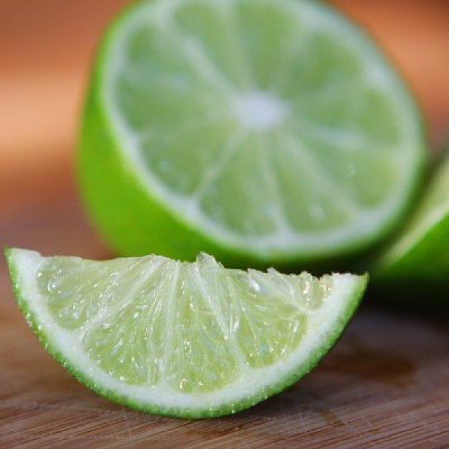檸檬的維生素C含量不算高。(取自推特)