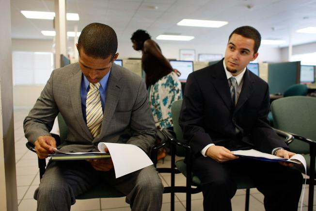 研究指出,有工讀經驗的畢業生,出社會後的起薪可比沒工讀經驗的同儕高出2萬元。(Getty Images)