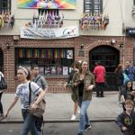 石牆酒吧騷亂50周年 紐約市警終道歉 LGBTQ自豪月收大禮