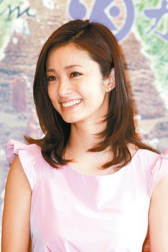 上戶彩也是放浪兄弟團員裡的星太太。(本報資料照片)