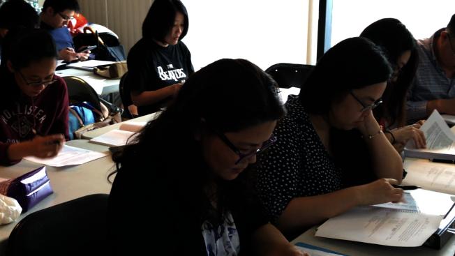 康捷海關報關師培訓為許多華人提供了專業的執照培訓。
