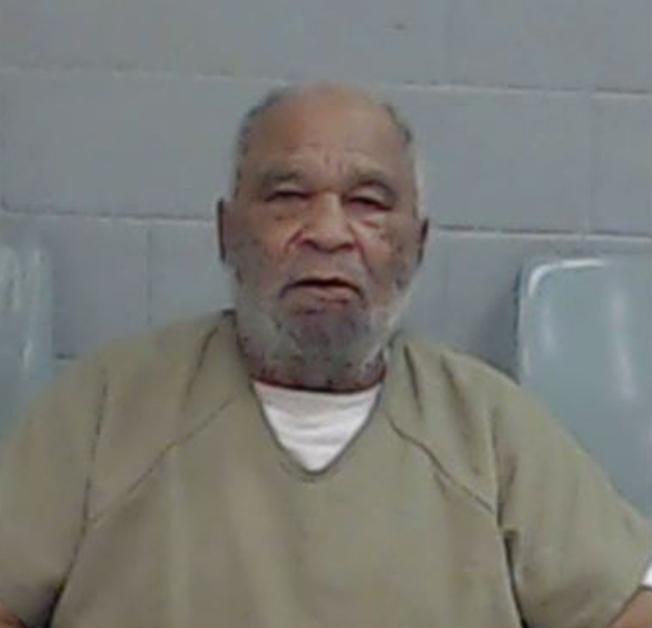 德州檢方7日表示,全國14個州發生的60多起命案都與加州79歲的囚犯李投有關。(美聯社)