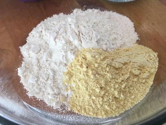 麵粉與玉米粉