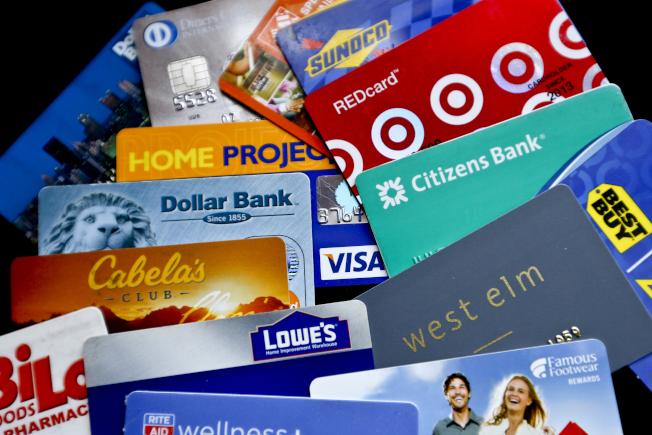 Visa和萬事達卡支付系統主宰全球信用卡支付系統。(美聯社)