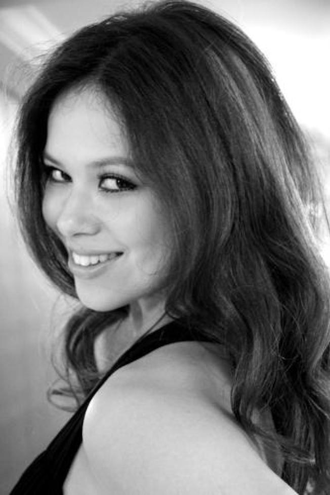 """知名""""虎妈""""、耶鲁大学法学院教授蔡美儿的女儿蔡思慧今年夏季将成为联邦最高法院大法官卡瓦诺的助理。(取自推特)"""